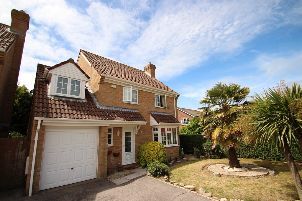 4 Bedroom House in Mudeford