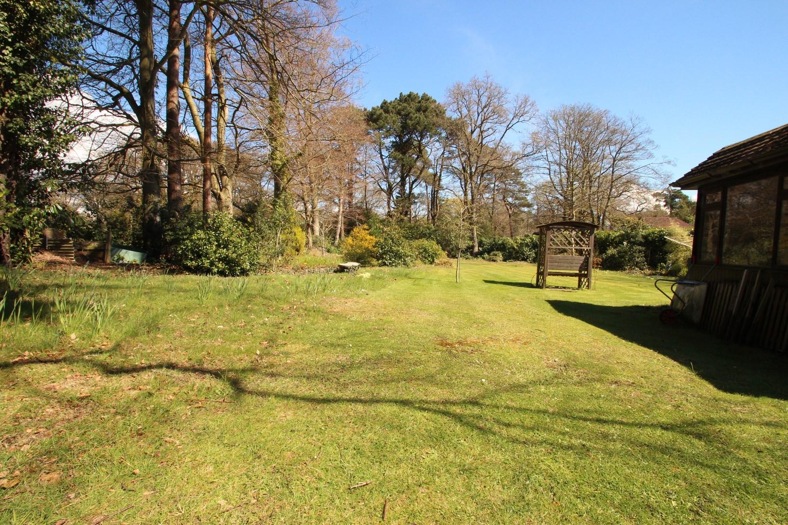 5 Bedroom Chalet In Sway Estate Agents Mudeford Homes