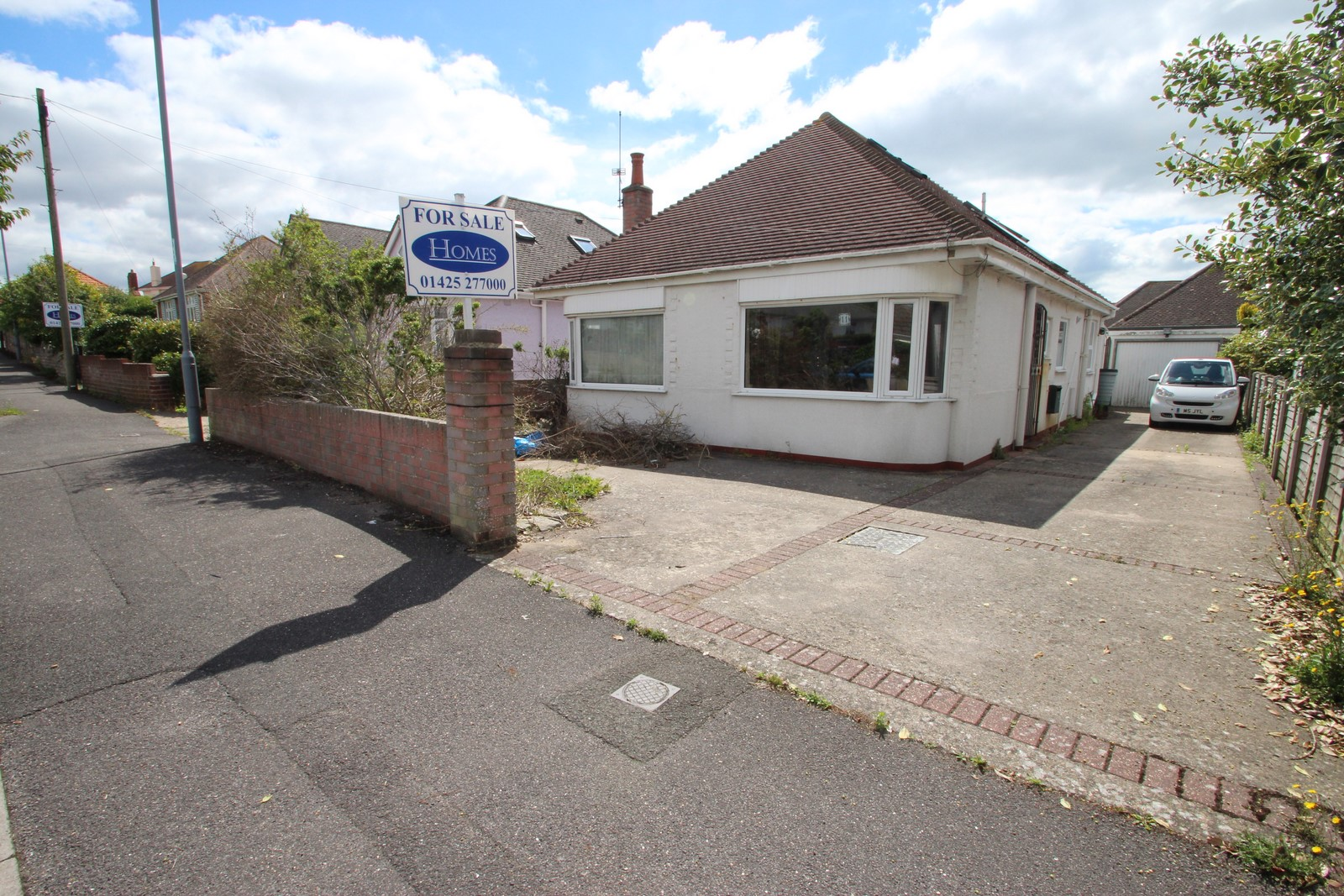 4 Bedroom Bungalow in Mudeford