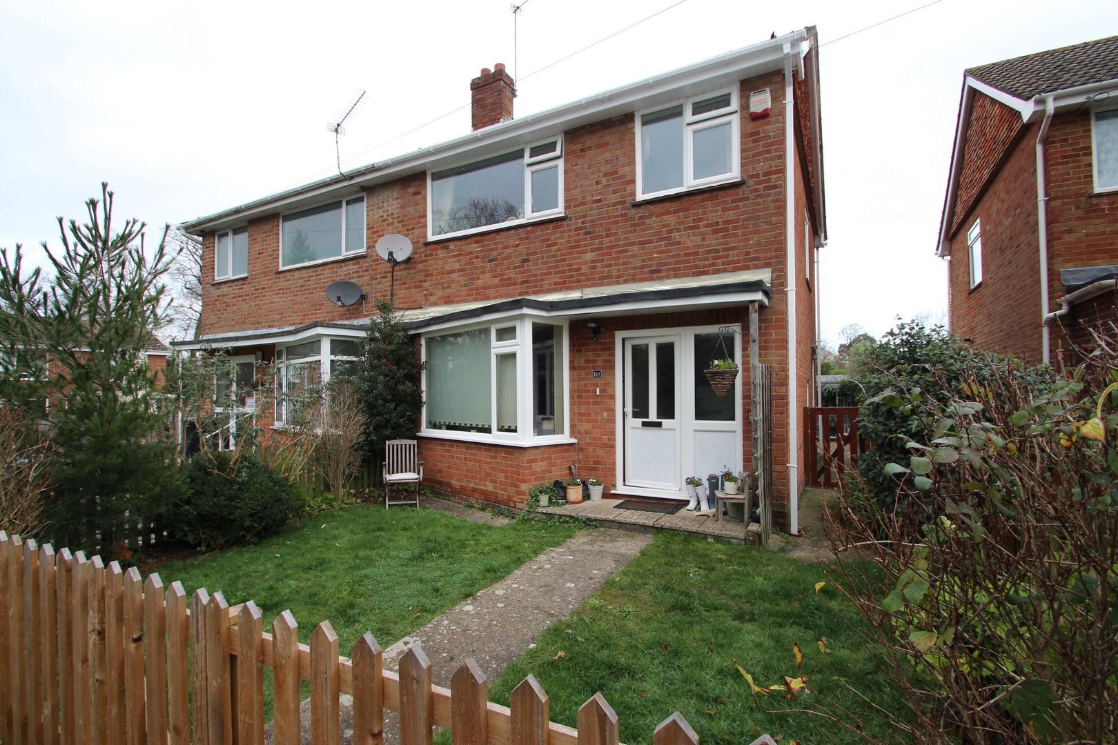 3 Bedroom House in Burton