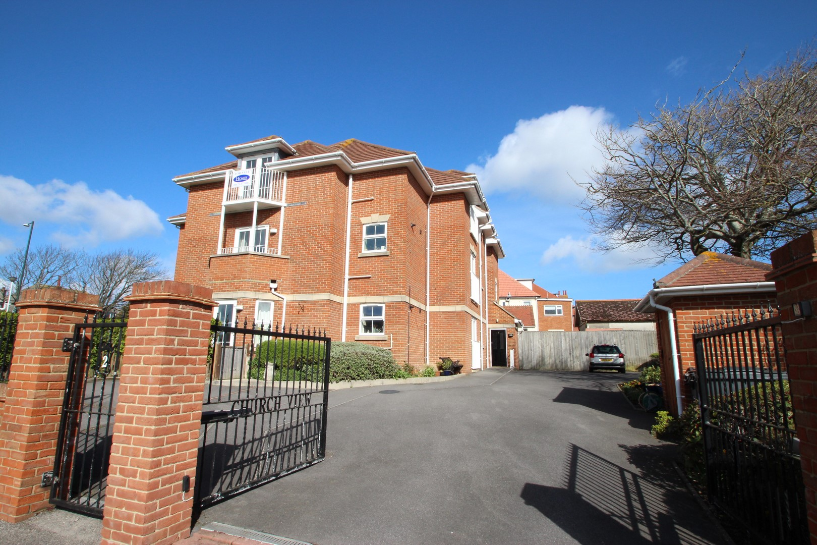 2 Bedroom Flat in Southbourne