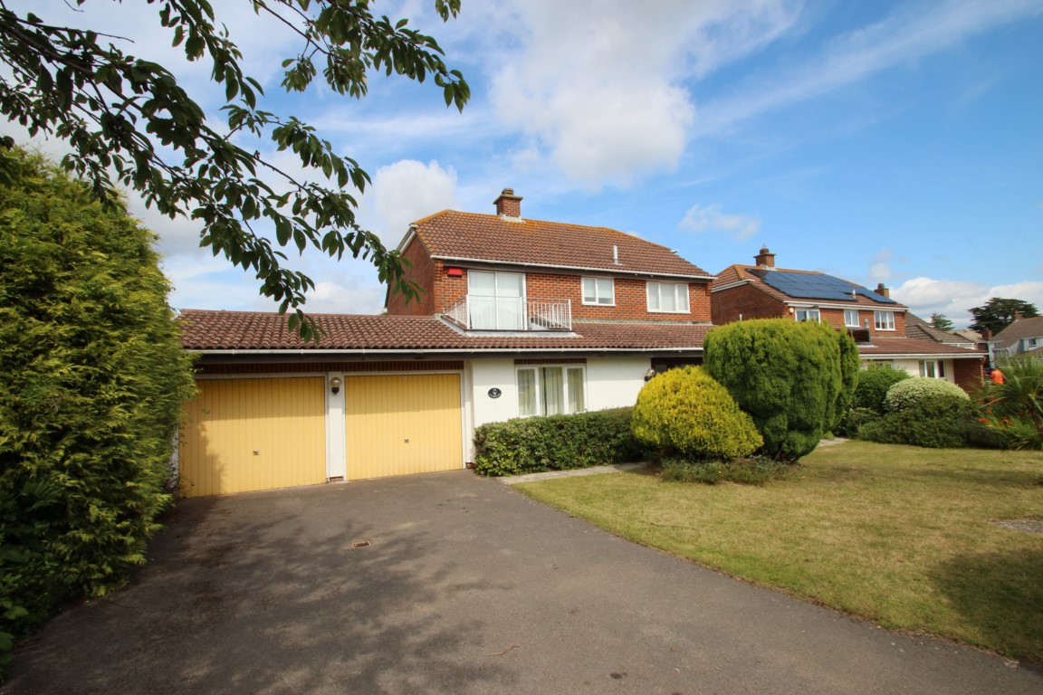4 Bedroom House in Friars Cliff